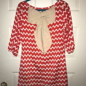 Dresses & Skirts - chevron dress with bow on back